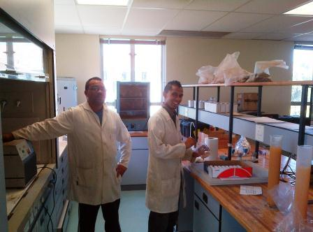 Nigel and Charlo in lab 2014.jpg