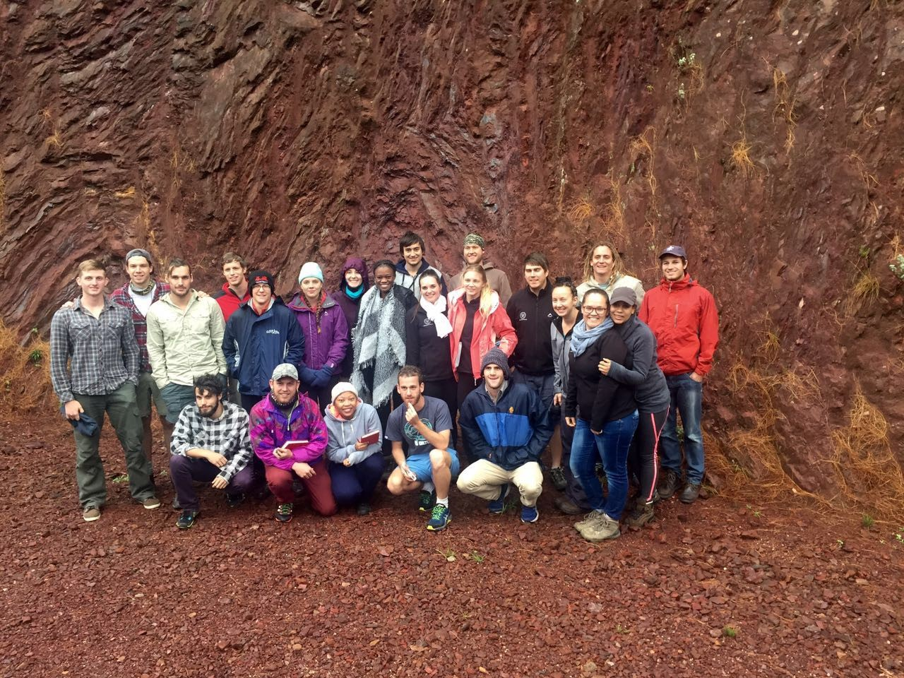 field trips left field work at the vredefort dom pseudotachylites formed as a result of frictional melting right honours class 2016 at outcrops of the dwars river