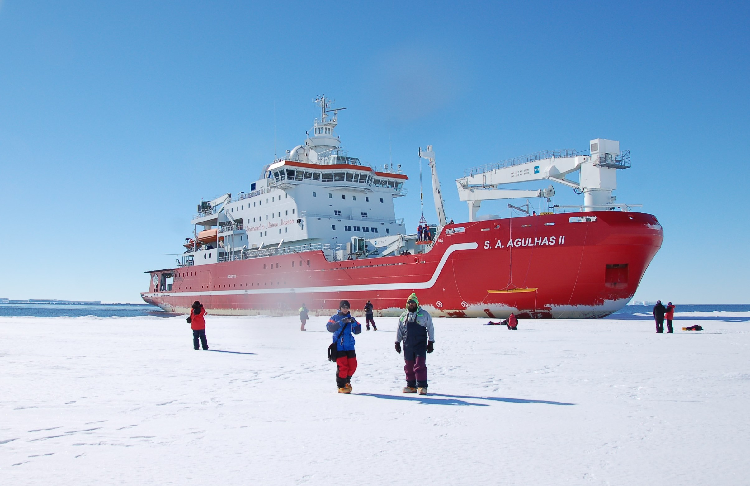 SA Algulhas II in Antarctic ice