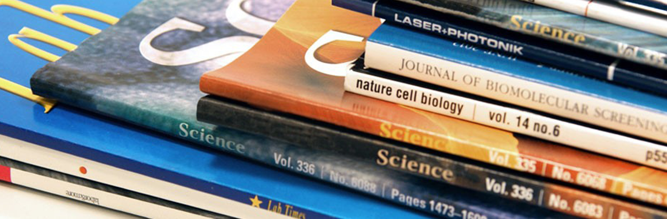 publications scientific research science journals articles peer reviewed oenology liste des web skin published